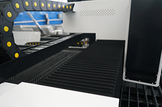 news-Lxshow-Important parameters of laser cutting machine metal sheet-img