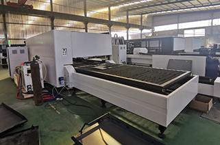 news-Lxshow-Advantages of closed type fiber laser cutting machine-img