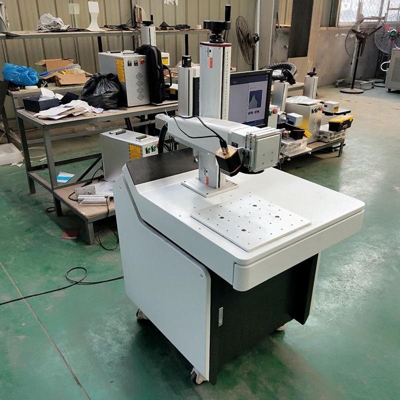 news-Lxshow-Visual positioning function fiber laser marking machine mark on aluminum sheet plate-img-1