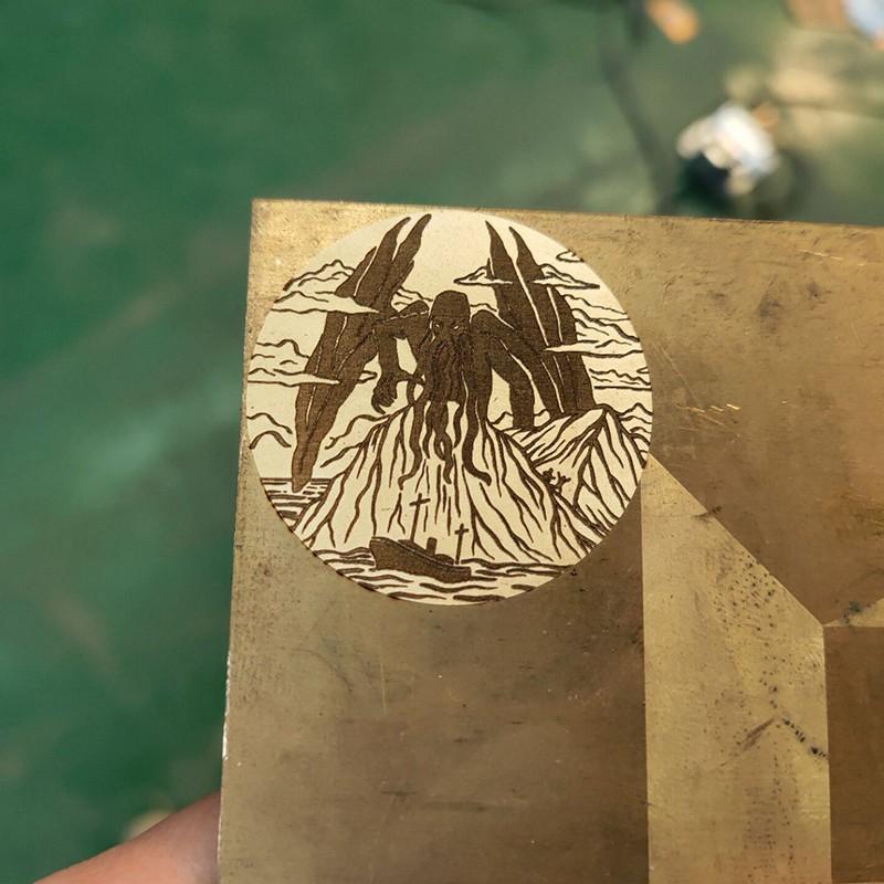 news-Fiber laser marking machine mark on copper metal sheet surface-Lxshow-img