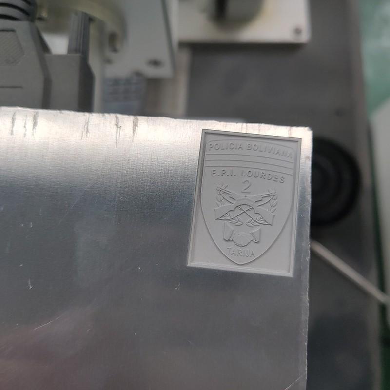 news-Lxshow-Fiber laser marking machine mark 3d pattern on aluminum plate with 3d marking galvanomet