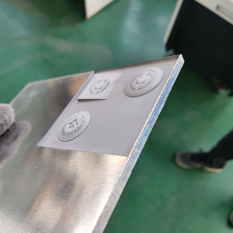 news-3D deep engraving 1mm 50w fiber laser marking machine on the Aluminum-Lxshow-img